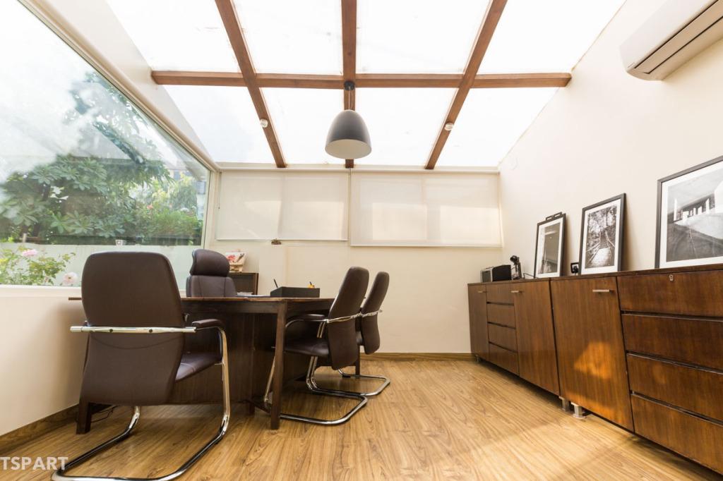 Vision Skylight for 12 hr natural daylight : Legal Office Lightin ideas